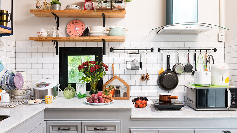 Built-in kitchen, easy to do it yourself